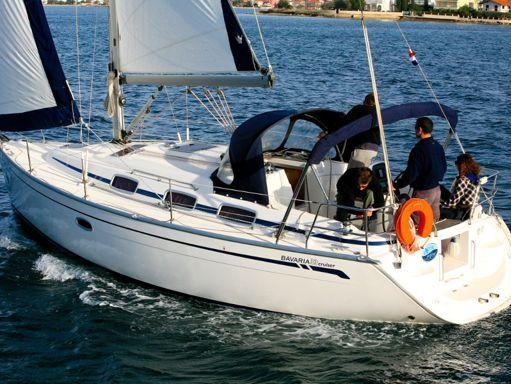 Velero Bavaria Cruiser 33 · 2006 (1)