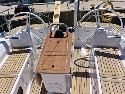 Sailboat Elan Impression 444 · 2013 (4)