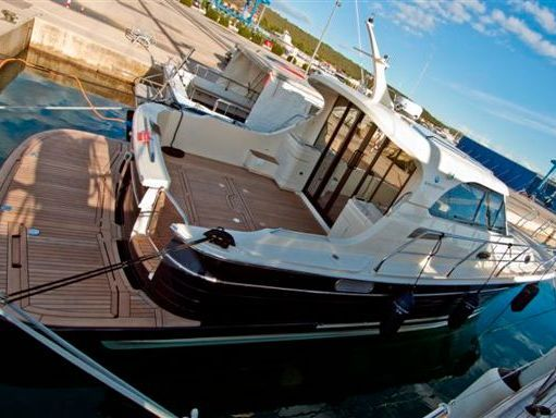 Imbarcazione a motore Sas Vektor Adriana 36 · 2011 (2)