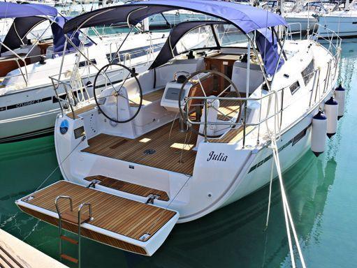 Sailboat Bavaria Cruiser 37 · 2014 (1)