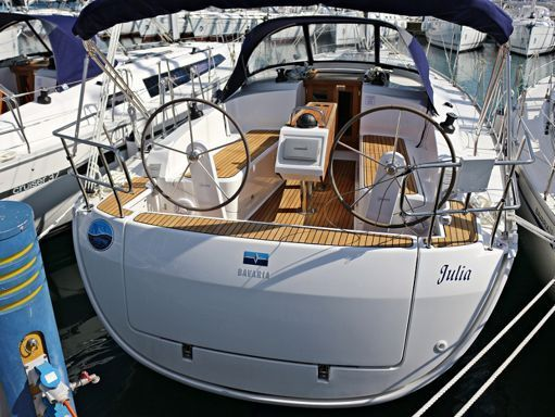 Sailboat Bavaria Cruiser 37 · 2014 (2)