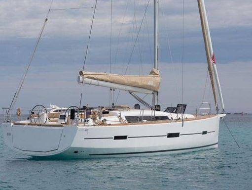 Sailboat Dufour 460 · 2016 (2)