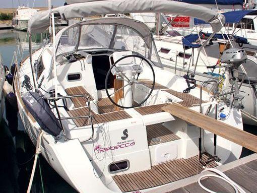 Velero Beneteau Oceanis 34 · 2011 (2)
