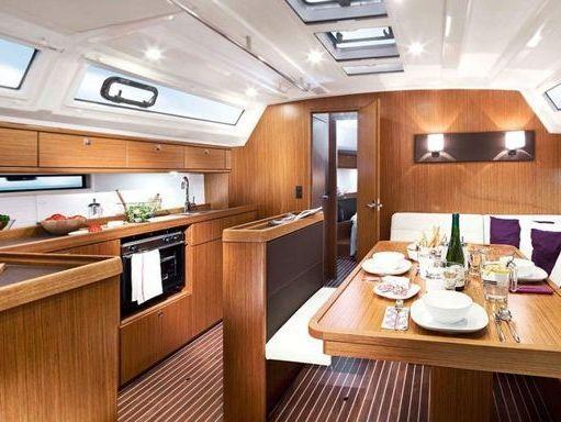 Sailboat Bavaria Cruiser 46 · 2005 (4)