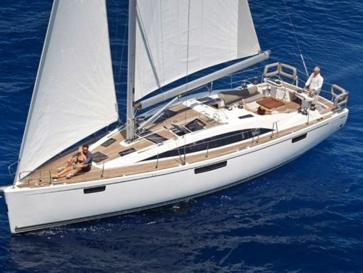 Sailboat Bavaria Cruiser 46 · 2005 (1)