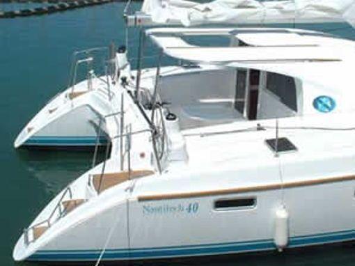Catamarán Nautitech 40 · 2006 (2)