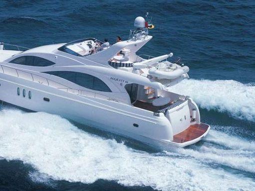 Motorboat Majesty 66 · 2010 (4)