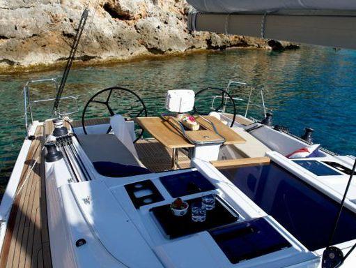 Sailboat Hanse 415 · 2017 (4)