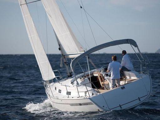 Velero Bavaria Cruiser 32 (2010) (1)