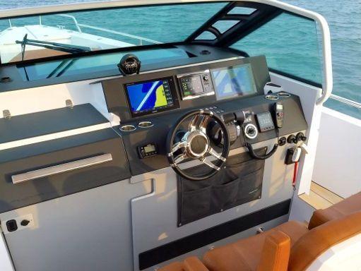 Speedboat Axopar 37 TT · 2016 (4)