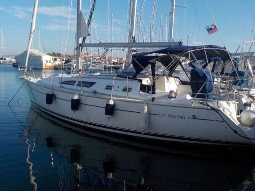 Sailboat Jeanneau Sun Odyssey 37 · 2005 (1)