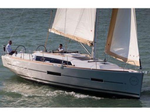 Sailboat Dufour 382 GL · 2018 (0)