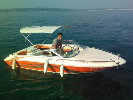 Lancha motora Sea Ray 180 · 1999 (1)