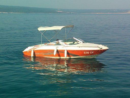 Lancha motora Sea Ray 180 · 1999 (0)