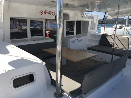 Catamarán Lagoon 450 F (2013) (4)