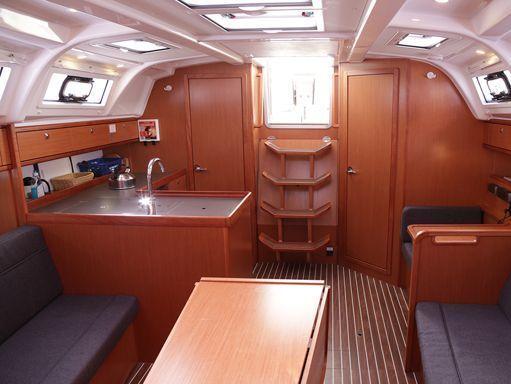 Velero Bavaria Cruiser 37 · 2014 (2)
