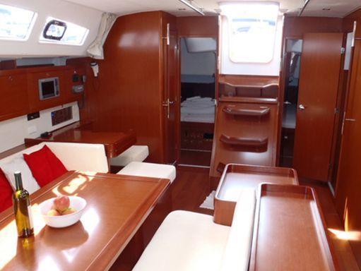 Sailboat Beneteau Oceanis 50 · 2013 (1)