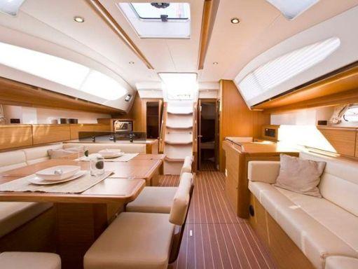 Sailboat Jeanneau Sun Odyssey 42i · 2012 (1)