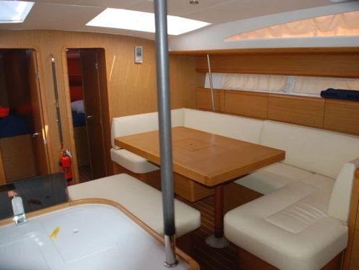 Sailboat Jeanneau 53 · 2010 (refit 2019) (2)