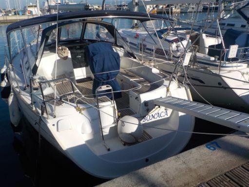 Sailboat Jeanneau Sun Odyssey 37 · 2005 (2)