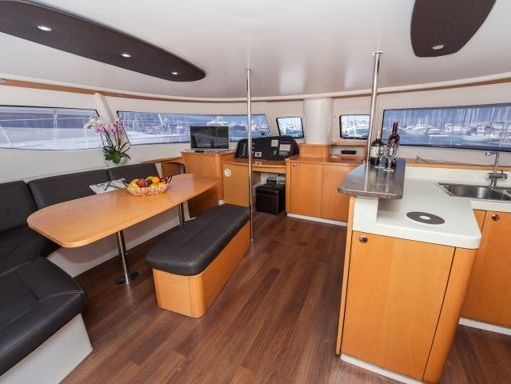 Catamaran Fountaine Pajot Salina 48 · 2008 (refit 2014) (4)