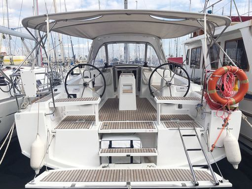 Sailboat Beneteau Oceanis 38.1 · 2017 (1)