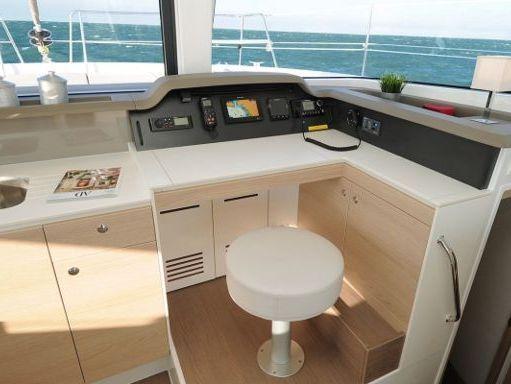 Catamaran Bali 4.1 · 2019 (4)