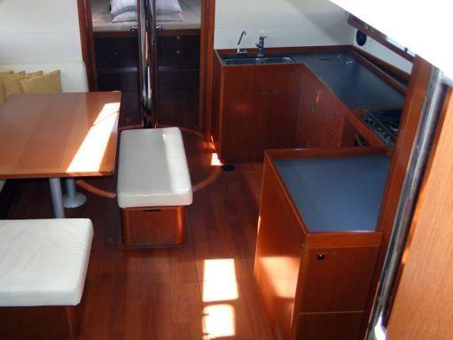 Sailboat Beneteau Oceanis 48 · 2014 (2)