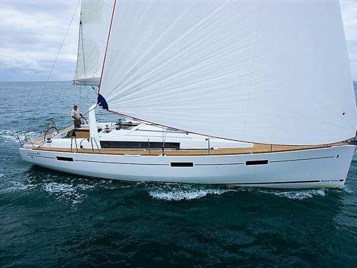 Sailboat Beneteau Oceanis 45 · 2017 (2)