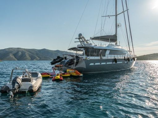 Sailboat 32m Superior - 2007 (refit 2018) (4)
