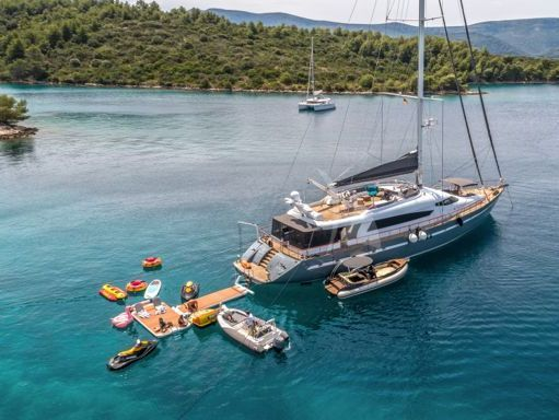 Sailboat 32m Superior - 2007 (refit 2018) (2)
