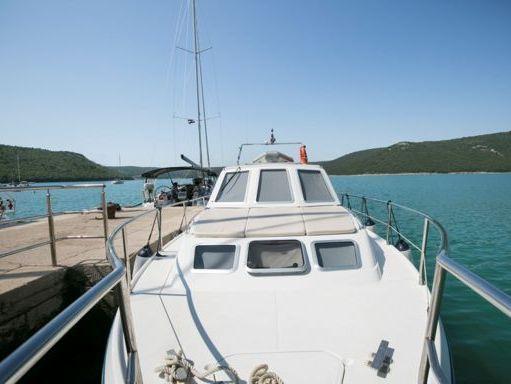 Barco a motor Sas Vektor Adria 1002 · 2004 (reacondicionamiento 2013) (4)