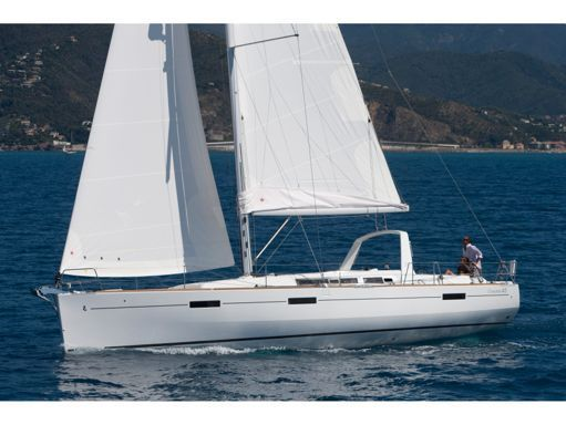 Sailboat Beneteau Oceanis 45 · 2019 (1)
