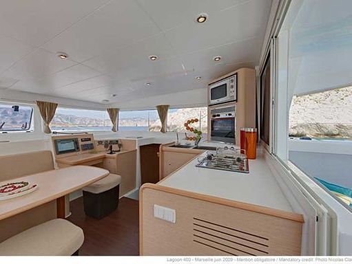 Catamaran Lagoon 40 · 2019 (4)