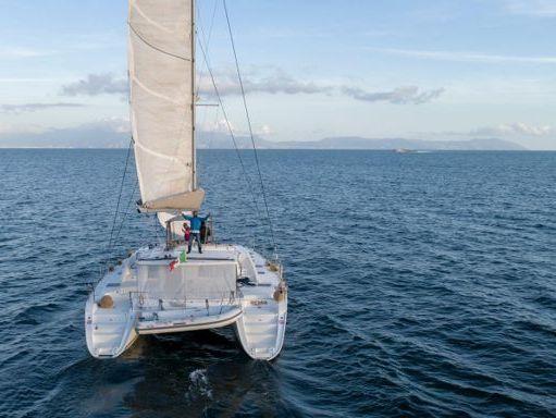 Catamaran Lagoon 440 · 2009 (refit 2019) (1)