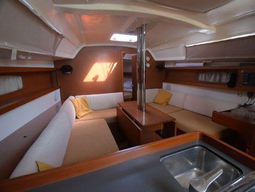Barca a vela Beneteau Oceanis 34 · 2013 (raddobbo 2019) (2)
