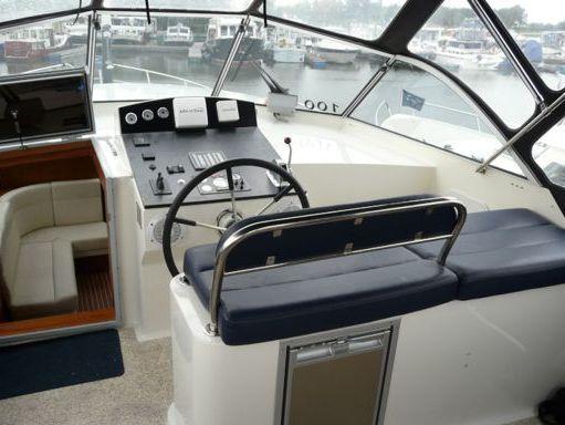 Houseboat Deluxe 42 · 2010 (2)