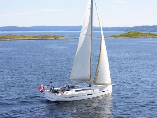 Sailboat Dufour 412 Grand Large · 2020 (2)