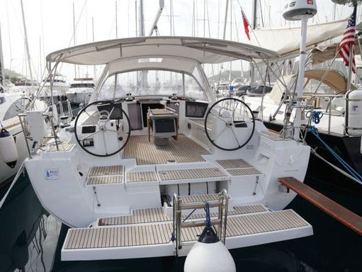Sailboat Beneteau Oceanis 45 · 2014 (0)