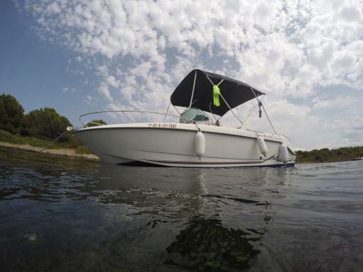 Motorboat Ferretti 650 Open · 2009 (1)