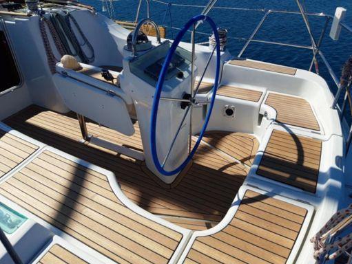 Sailboat Beneteau Oceanis Clipper 393 (2006) (4)