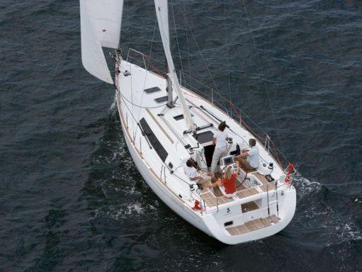 Sailboat Beneteau Oceanis 34 · 2016 (0)