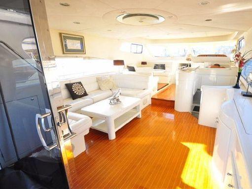 Motorboat Motoryacht Motoryacht · 2011 (4)