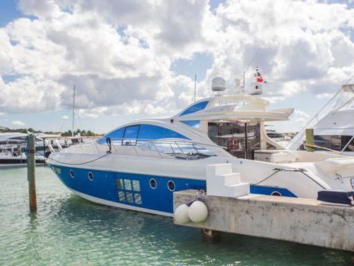 Motorboat Azimut 62 S · 2008 (refit 2007) (0)