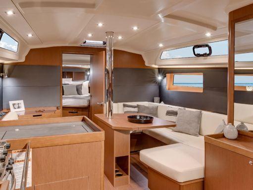 Sailboat Beneteau Oceanis 41.1 · 2020 (1)