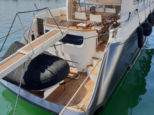 Motorboat Astondoa 58 GLX · 1998 (refit 2019) (1)