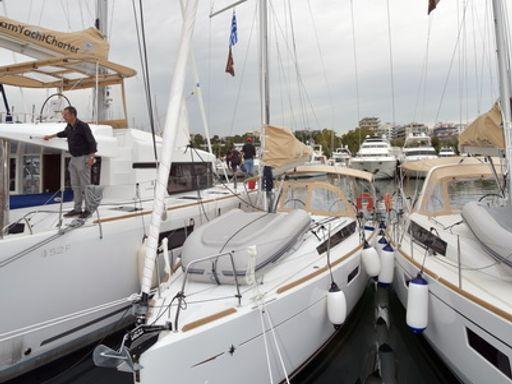 Sailboat Jeanneau Sun Odyssey 349 · 2019 (2)