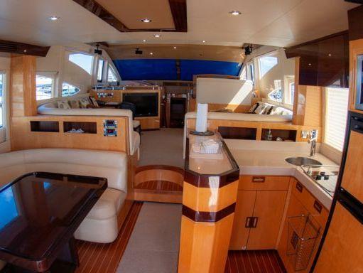Motorboat Majesty 50 Fly · 2009 (refit 2009) (2)