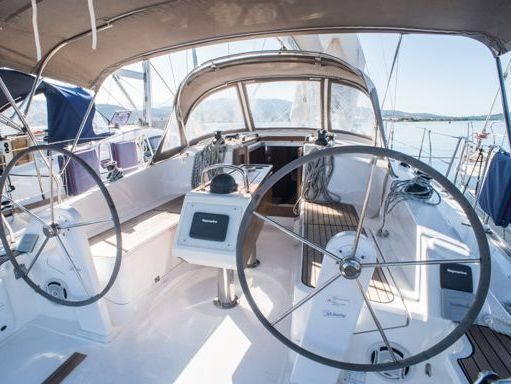 Velero Bavaria Cruiser 37 · 2015 (2)