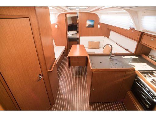 Velero Bavaria Cruiser 37 (2015) (2)